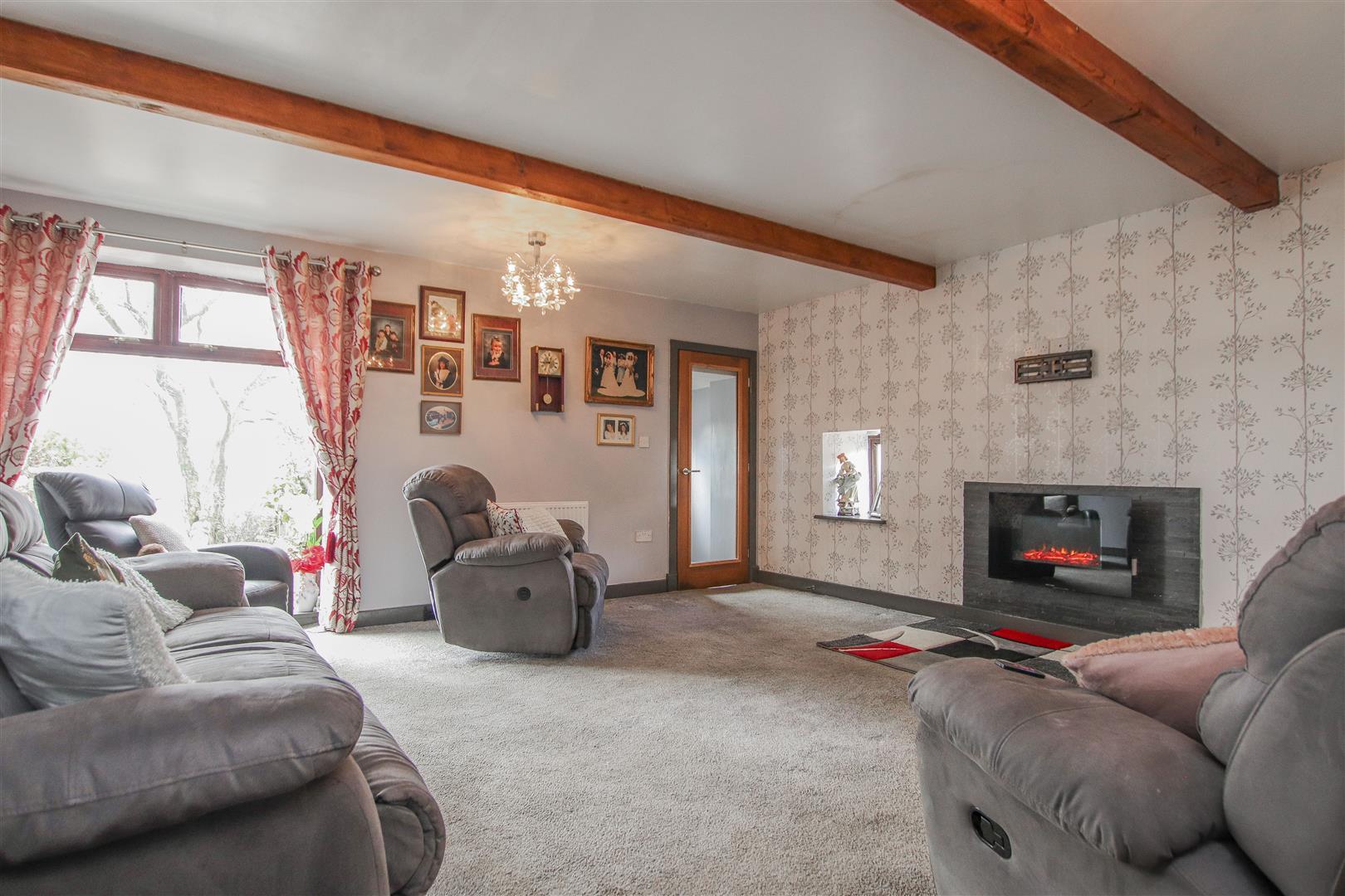 4 Bedroom Farmhouse For Sale - 8.JPG